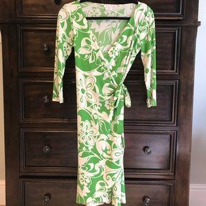 Flattering London Times Wrap Tie Dress Size 6
